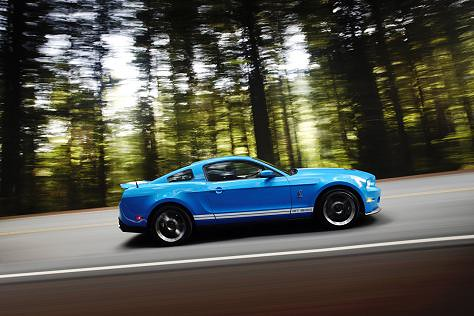 2010_shelby_mustang_gt500-13 by you.