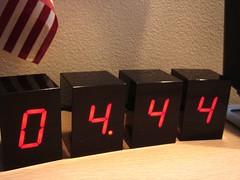 LED Alarm Clock by Jonas Damon - 5