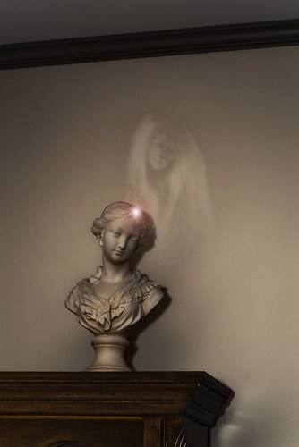 King House Statue Ghost