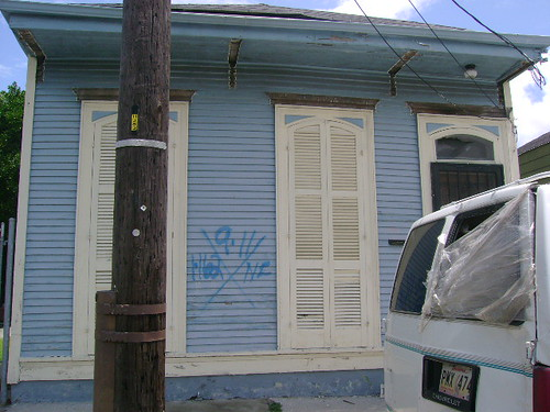 1415 Marigny Street