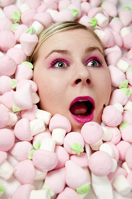 Miss Siúrca trapped in a marshmallow Hole, a softpinkcore nightmare