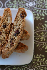 WW Walnut-Cran Biscotti 2
