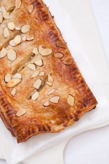 Pear, Honey and Ginger Slab Pie