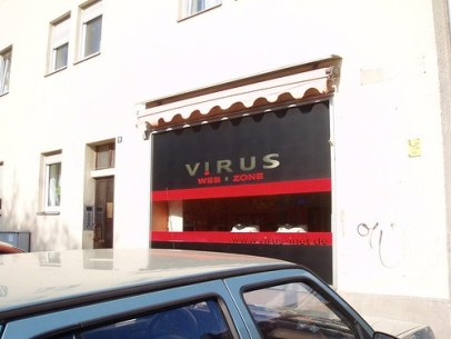 Virus Internet Cafe
