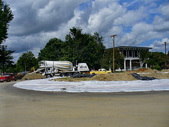 Curbstone cement-mixing