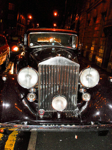 Vintage Rolls in the rain