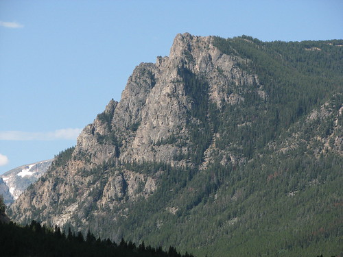 Bear Tooth Mtns