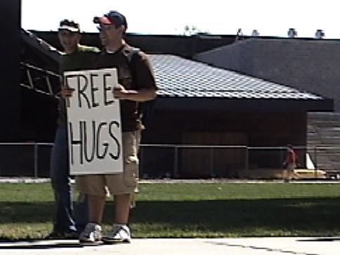freehugs2