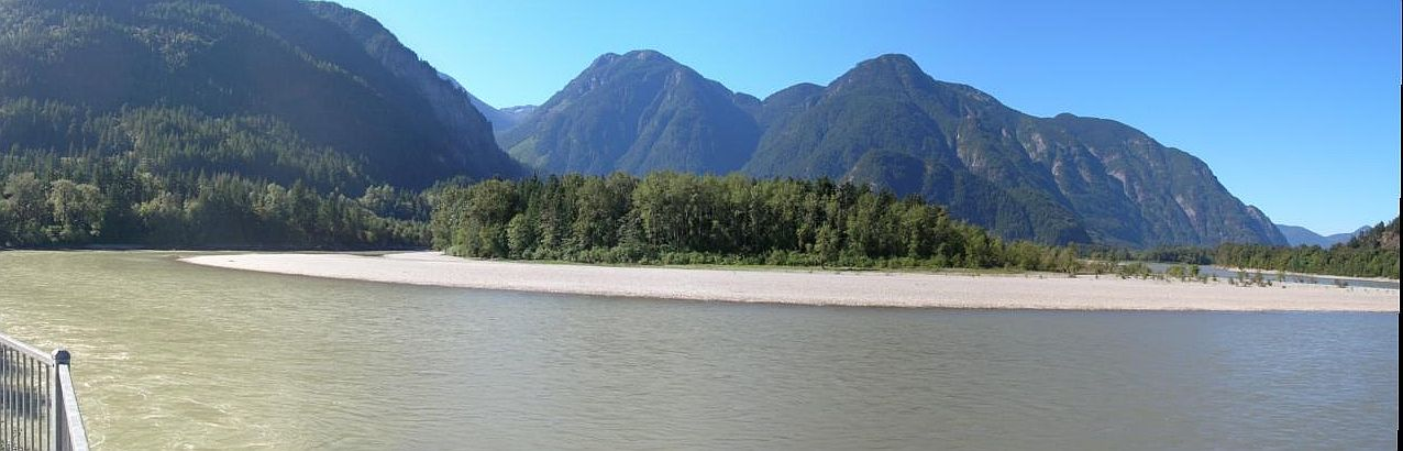 The Fraser River at Hope BC