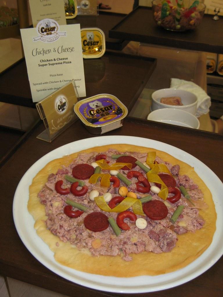 Chicken and cheese super supreme pizza