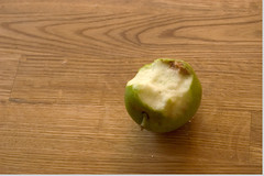 fruittreeeating_01.jpg