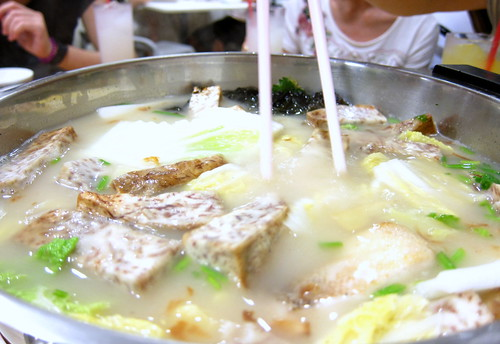 136 Hong Kong Street Fishhead Steamboat (2/6)
