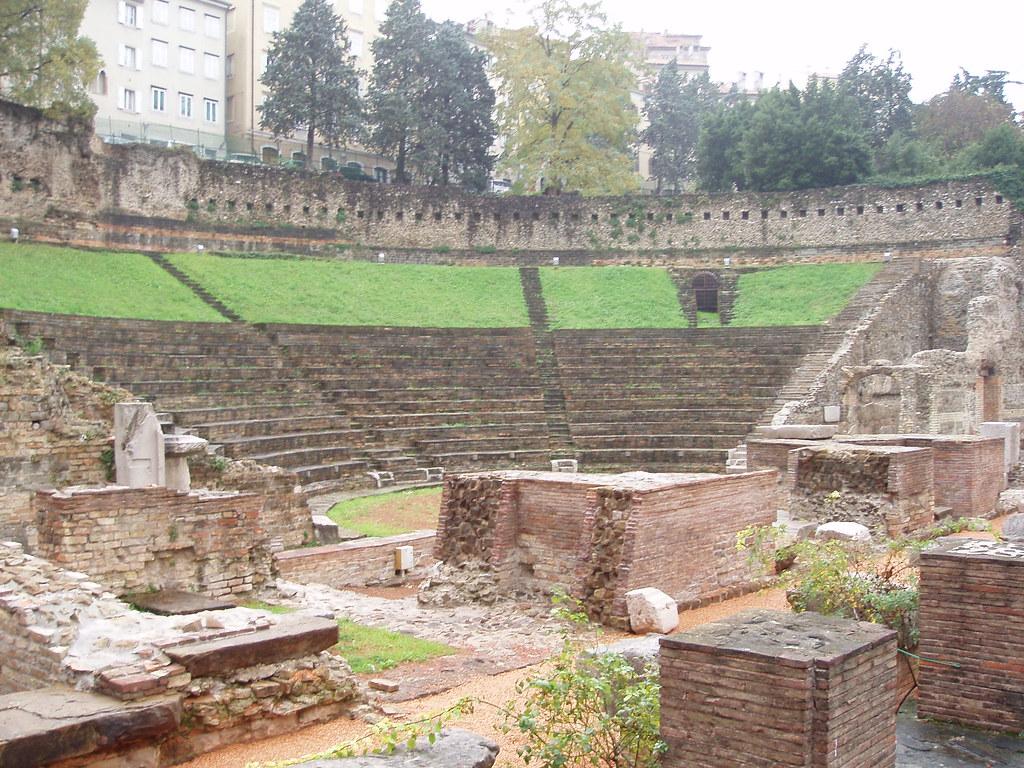 el teatro romano de Trieste