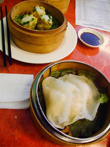 Oriental Expression - yum cha - scallop and vegetable dim sim, prawnmeat dumpling