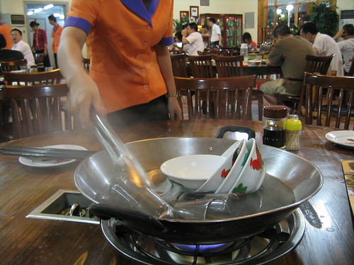 Sterilizing Tableware in Guangzhou