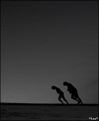 * Lna * - · __\ \_ · (Flickr)