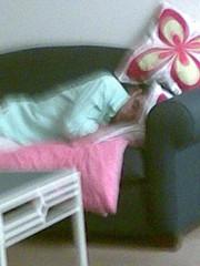 04092007 Boyfren sleeping in living room