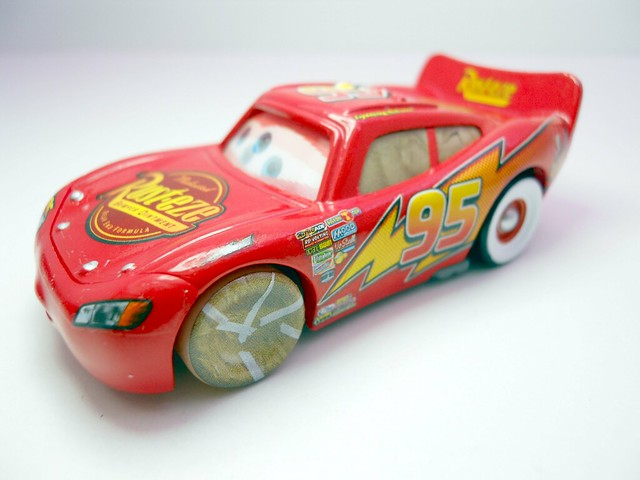 DISNEY CARS KMART COLLECTOR DAY 5 CHASE PAINT MASK LIGHTNG MCQUEEN   (3)