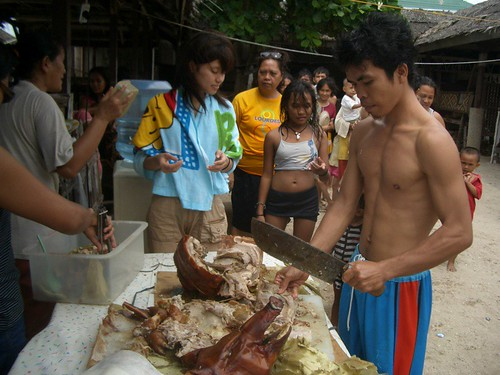 Philippines,Pinoy,Filipino,Pilipino,Buhay,Life,people,pictures,photos,lechon, rural, scene, man, young, traditional, lechon,pork, pig roast