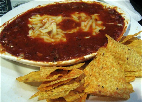 all beef chili and chips