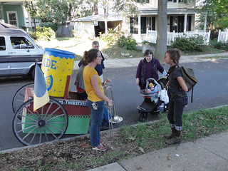 10 10 02 Mobile Market in Waverly Green Spaces 11.jpg