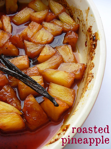 vanilla-caramel roasted pineapple