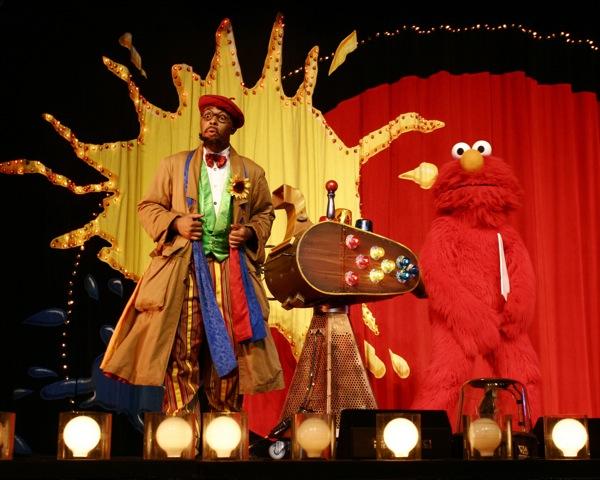 Sesame Street Live: Elmo's Coloring Book - 14