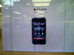 iPhone Display @ Clarendon, VA Apple Store