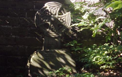 Celtic Knot Grave