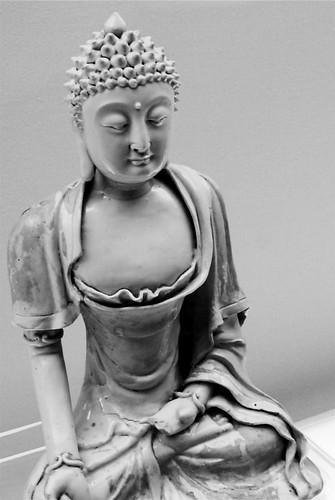 shanghai museum buddha
