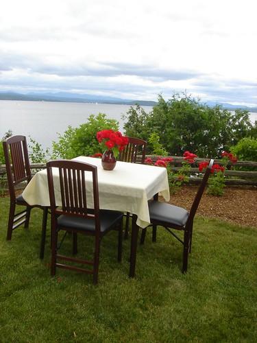 Lakeside dinning