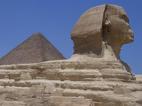 The Sphinx & Great Pyramid of Khufu, Giza Plateau, Egypt