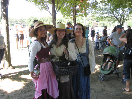 md renfest - 3 wenches