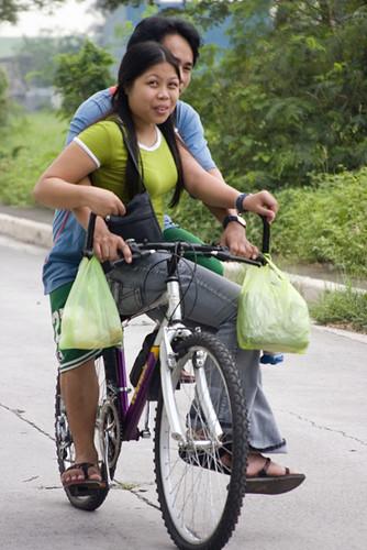 Marikina, Manila bike ride angkas  Buhay Pinoy Philippines Filipino Pilipino  people pictures photos life Philippinen  菲律宾  菲律賓  필리핀(공화�)  street road