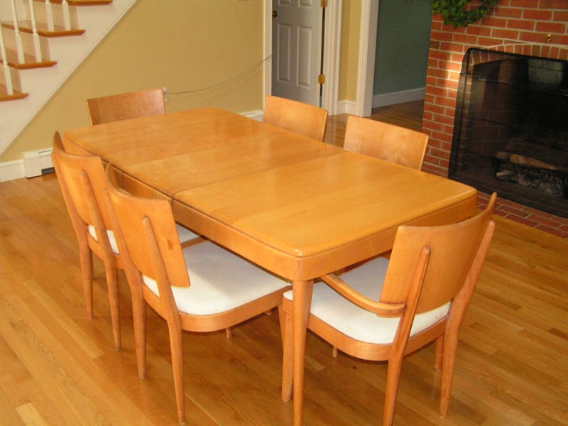 with the dining set so if you re interested please let her know