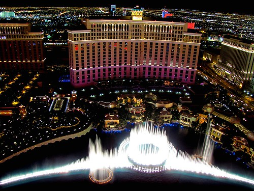 A night view of the Bellagio and Las Veg by o palsson, on Flickr