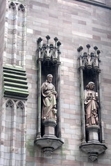 NYC - FiDi: Trinity Church - Evangelist Statue...