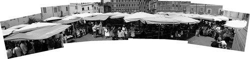 umbrellas_Panorama2-bw
