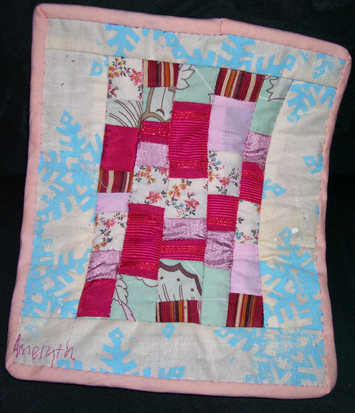 Amelyth dollquilt