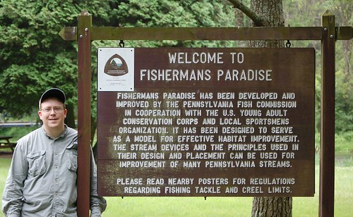 fishermans paradise sign