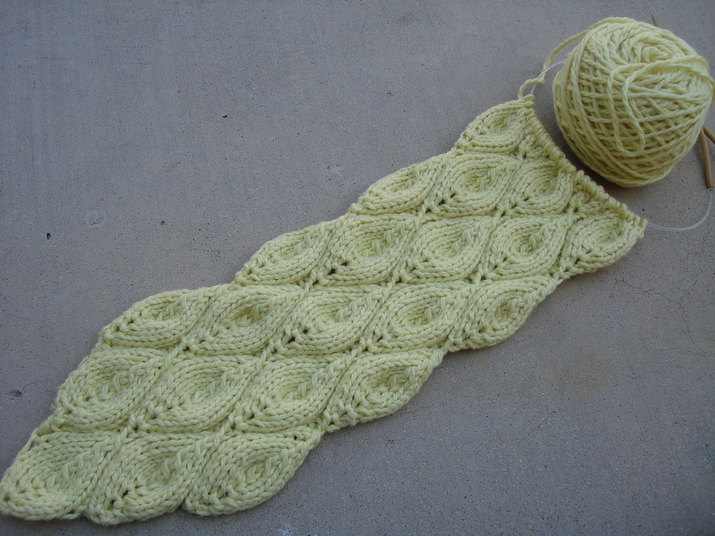 Candle Flame Lace Scarf