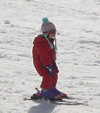 Bethany skiing down Mt Perisher, aed 2