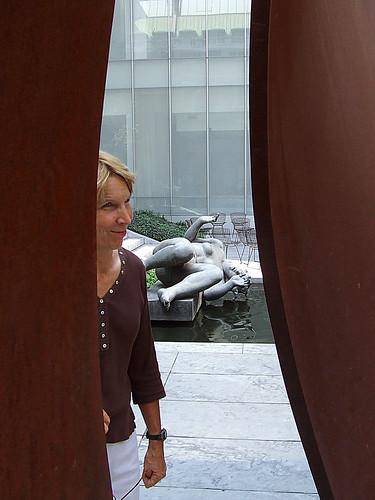 Serra installation reactions