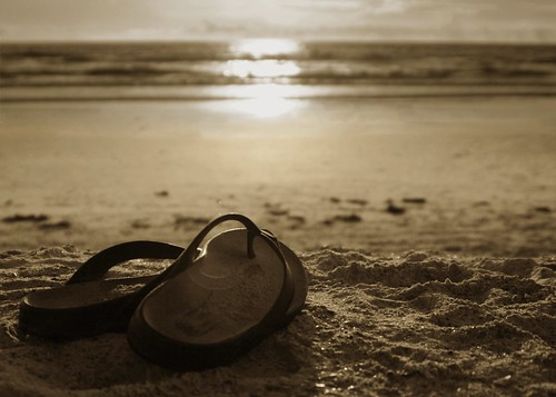 Sunrise Sandals BW (by Damgaard (DamgaardPhotography.co m))