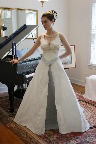 trajes de novia de papel de baño 26