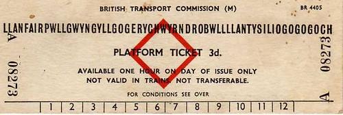 Llanfairpwllgwyngyllgogerychwyrndrobwllllantysiliogogogoch Platform Ticket