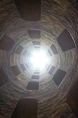 Pozzo di S.Patrizio: luce in fondo al tunnel