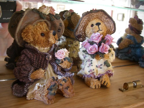 Boyd's Bear ladies