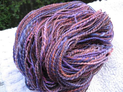 hella hot yarn