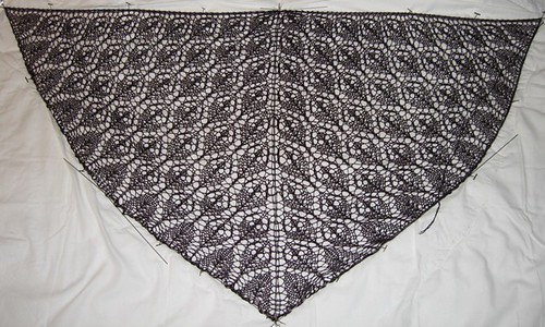 Ingrids shawl